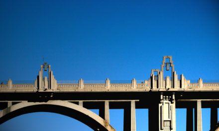 S'instal·laran mesures de seguretat a les voreres del Pont de Sant Jordi
