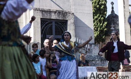 Les 'Danses de Velatori' tornaran al cementeri per la Setmana Modernista