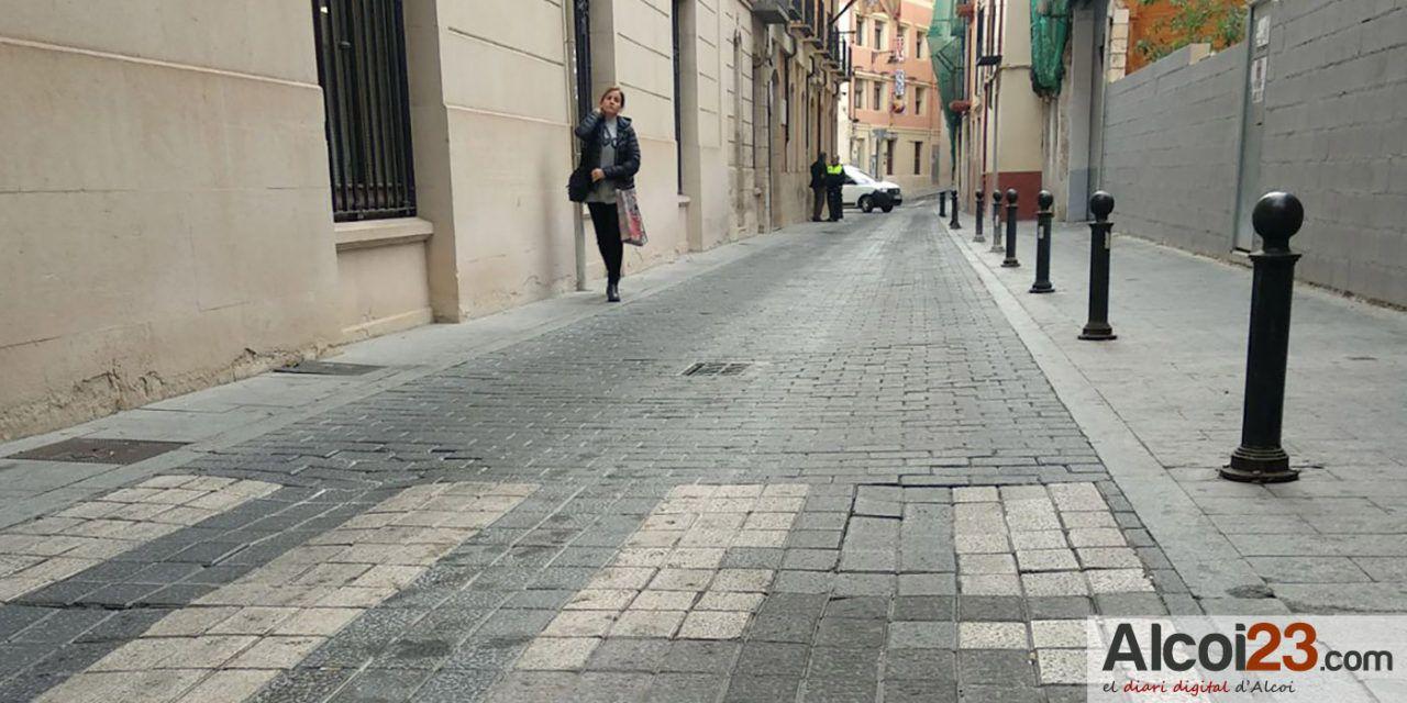 Ciudadanos Alcoy pide reparación del firme de la calzada de la calle Casablanca