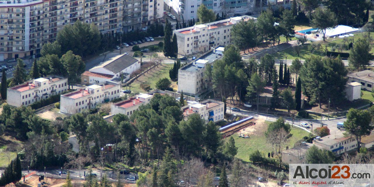 Los socialistas alcoyanos plantean la creación de 500 nuevas plazas de aparcamiento