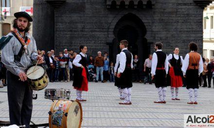 Folklore navarrés com a preludi de la Festa