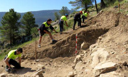 Tornen les excavacions en El Castellar