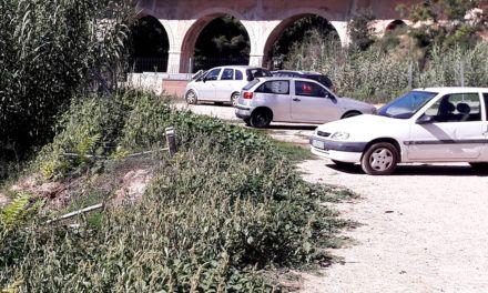 Cs Alcoy denuncia el mal estado de la zona final de la calle de Els Llançols
