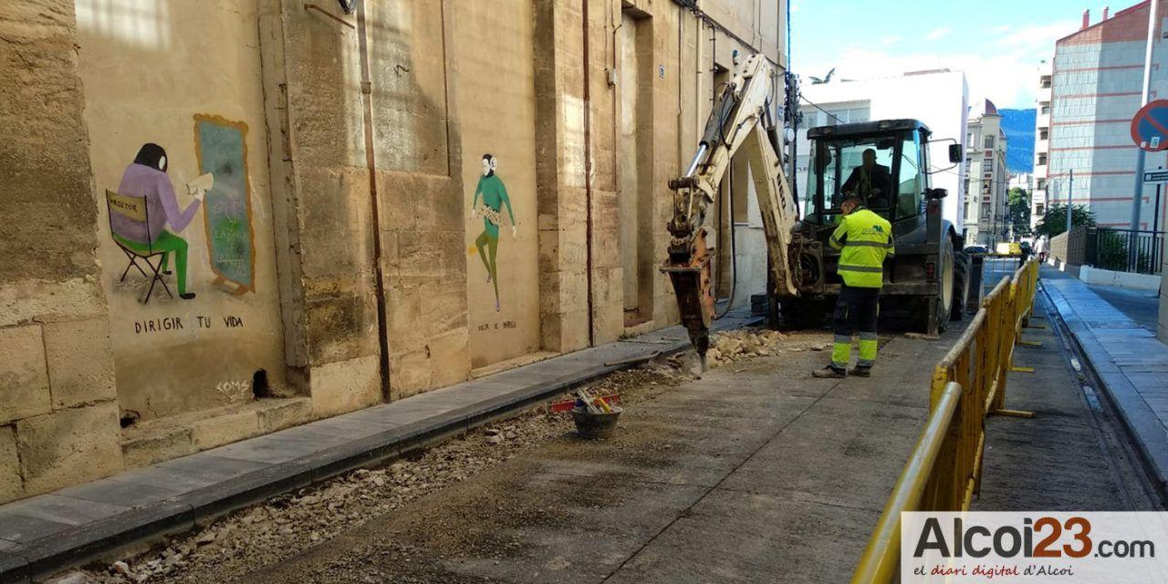 Començen les obres per fer el carrer Sant Jaume més acessible