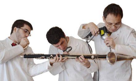 Más de 1.100 escolares asisten en Alcoy al espectáculo familiar Clarinetarium