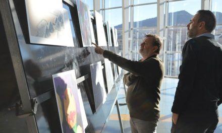 Inaugurada la exposición Fotciencia 15 con 25 imágenes en el Centro Comercial Alzamora