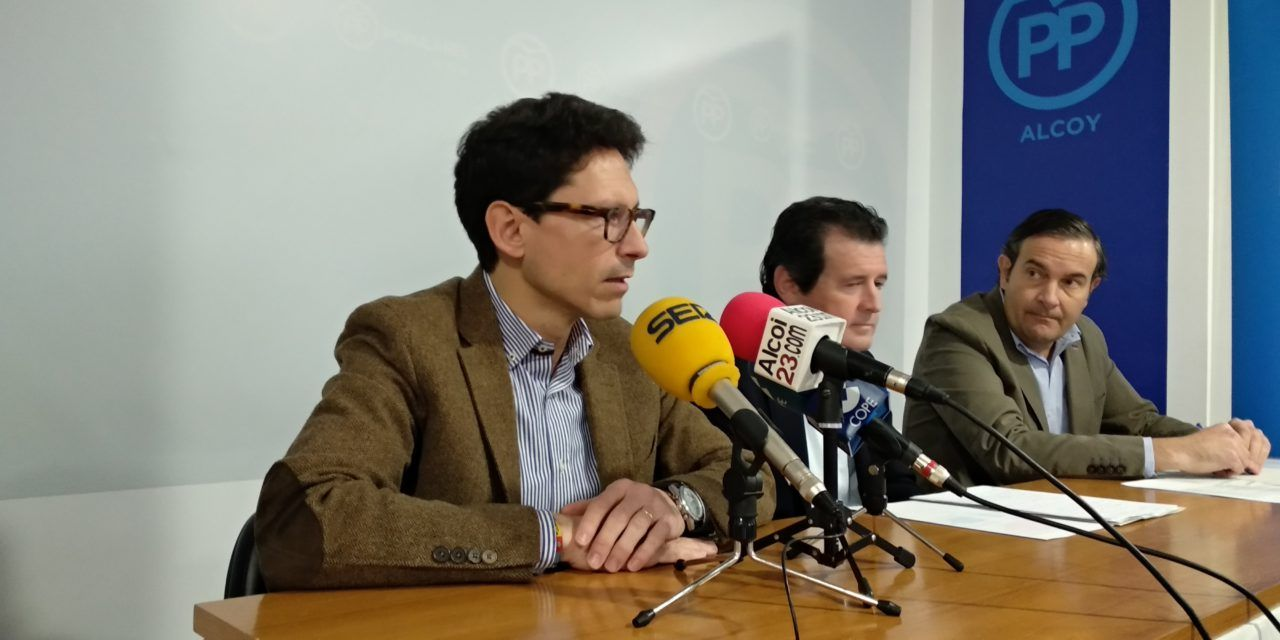 El PP rebutja atorgar la Medalla d'Or d'Alcoi a Antoni Miró per motius ideològics