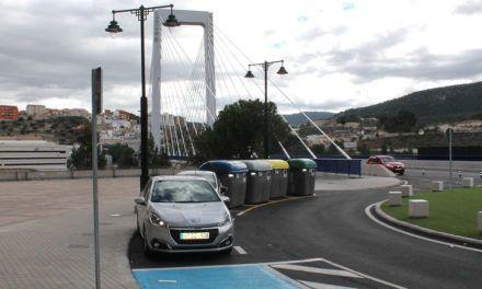 Acaben les obres a la vorera d'accés al pont Fernando Reig