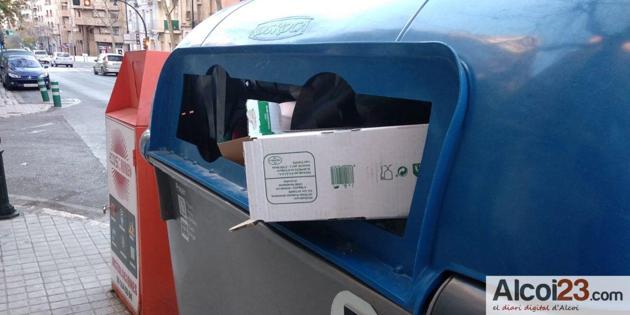 El PP critica el adelanto de la recogida de cartón a los comercios