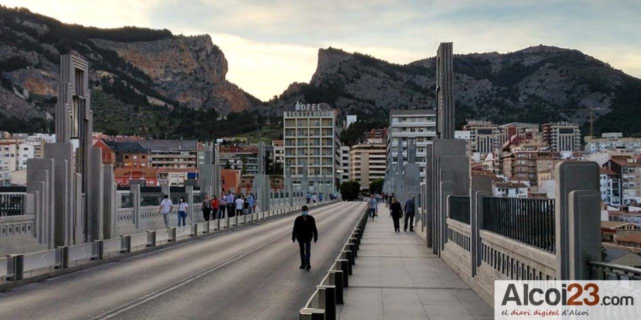 'La Carrasca' reclama novament una ampliació dels espais per a vianants per seguretat i per salut