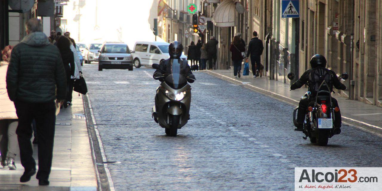 Podem Alcoi mostra la seua preocupació davant l'inici dels talls de trànsit per a la zona de vianants