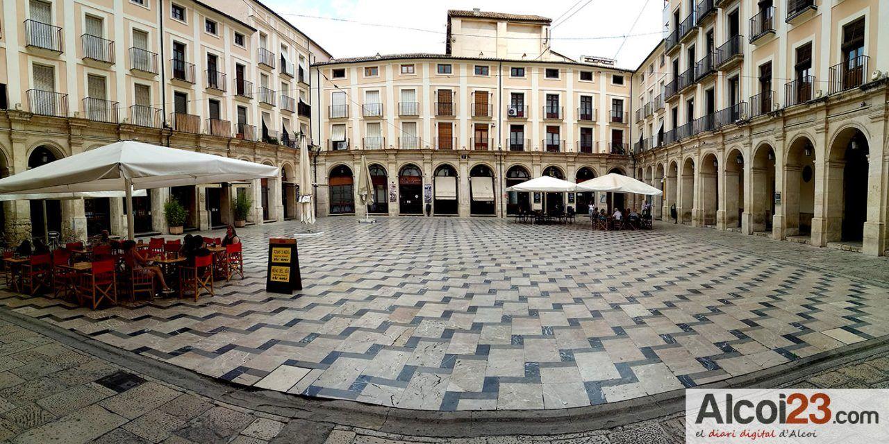 Alcoi facilitarà ampliar l'espai de les terrasses dels establiments hostalers