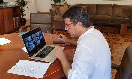El president de la Diputació analitza amb empresaris d'Alcoi la crisi del Covid 19