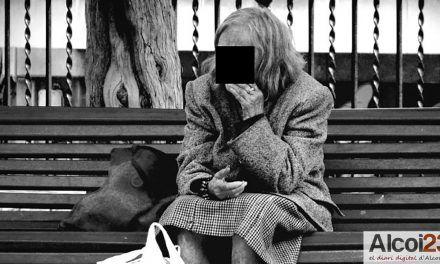 Un concurs literari i un altre fotogràfic sobre la soledat no desitjada