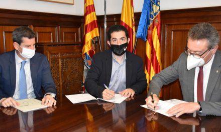 L'Ajuntament d'Alcoi i Caixa Popular signen un conveni per a donar suport als emprenedors