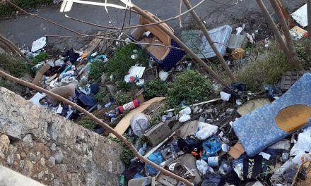 Alcoi busca solucions als abocaments incontrolats de residus cap al riu