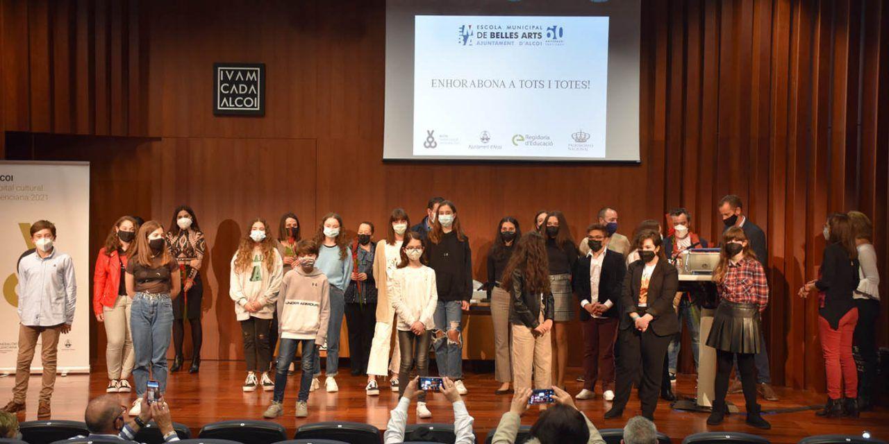Estudiants de l'Escola Municipal de Belles arts són premiats en el XXIX Concurs de Patrimoni Nacional de Pintura Infantil i Juvenil