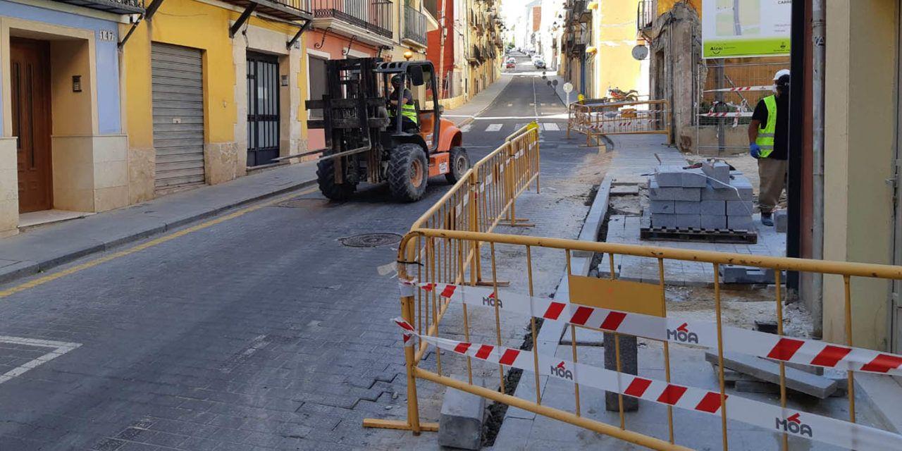 Comencen les obres per a adequar la pavimentació de Sant Nicolauet