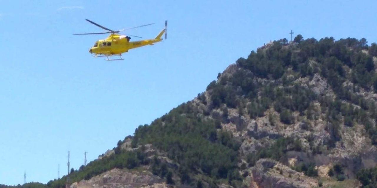 SUCESOS | Rescatado en helicóptero un joven que había caído en un barranco en Alcoy