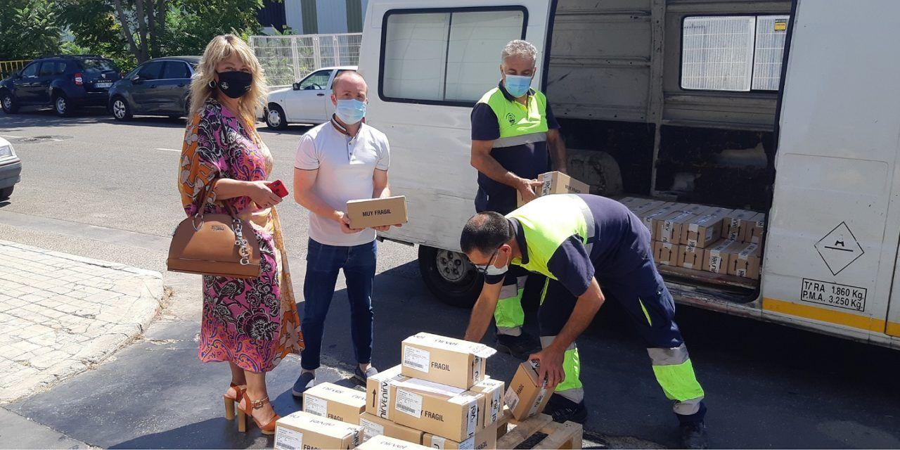 L'empresa alcoiana Nirvel Cosmetics SL ha fet una donació de 2.000 'Cremigel hidroalcohòlic textura crema' per la regidoria de Gent Gran