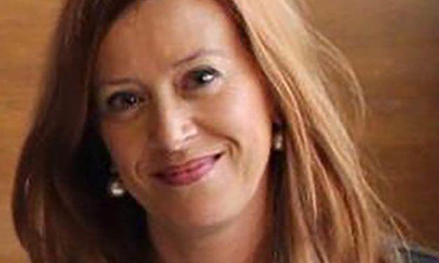 La psicòloga contestana Stella Vicens llegirà el Privilegi de la Fira 2021 i Vicent Ramon l'autor del cartell que la representarà